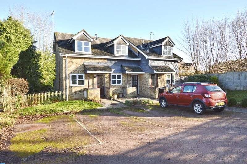 1 Bedroom Property for sale in High Ridge, Godalming