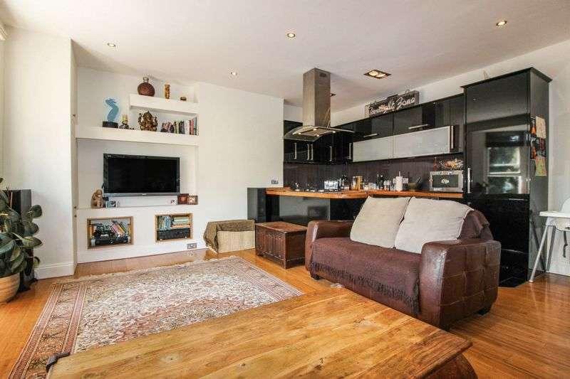 3 Bedrooms Property for sale in Goldstone Villas, Hove