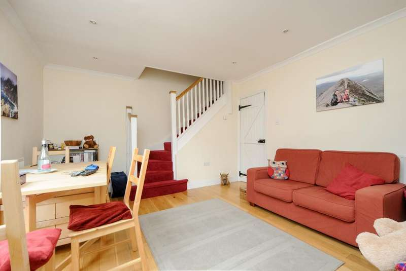1 Bedroom Flat for sale in High Street, Wallingford, OX10