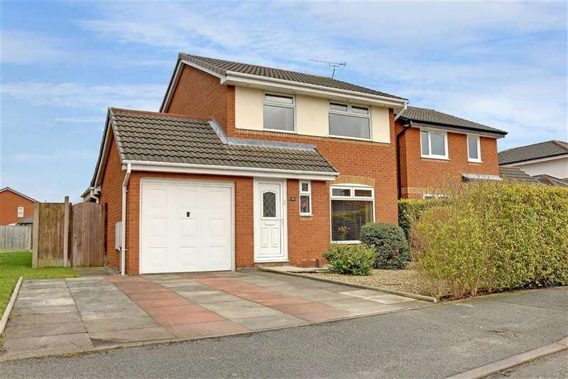 3 Bedrooms Detached House for sale in Lambourn Drive, Leighton, Crewe