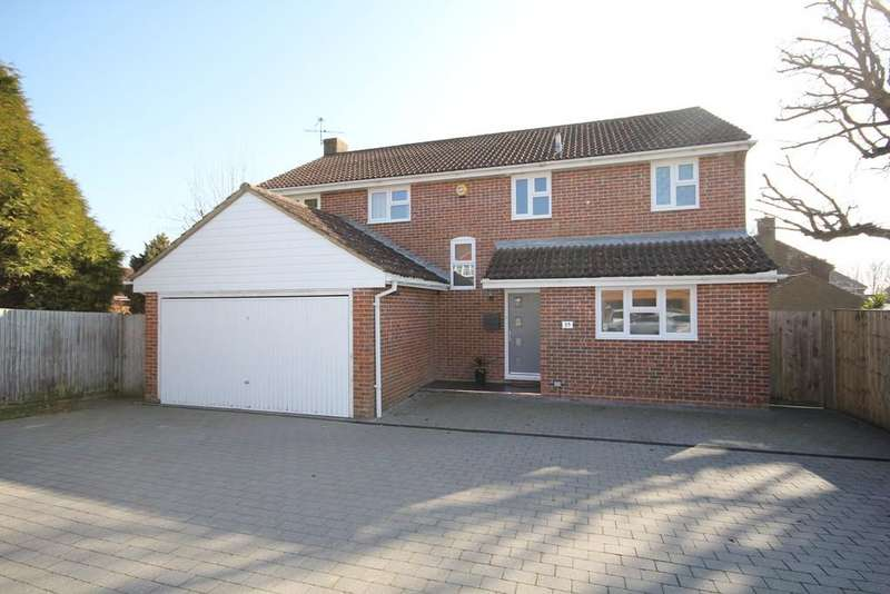 4 Bedrooms Detached House for sale in The Paddock, Maresfield