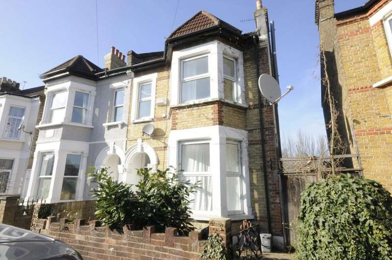 5 Bedrooms End Of Terrace House for sale in Albacore Crescent, Lewisham