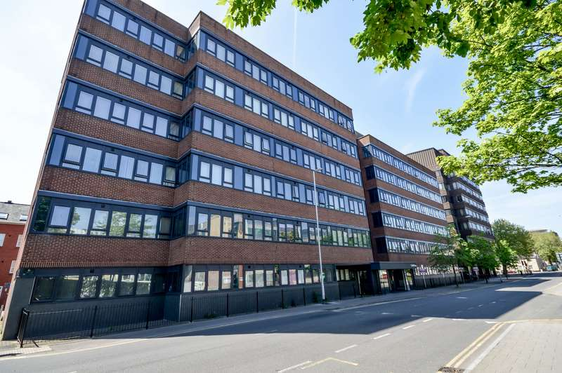 1 Bedroom Property for sale in Town Centre