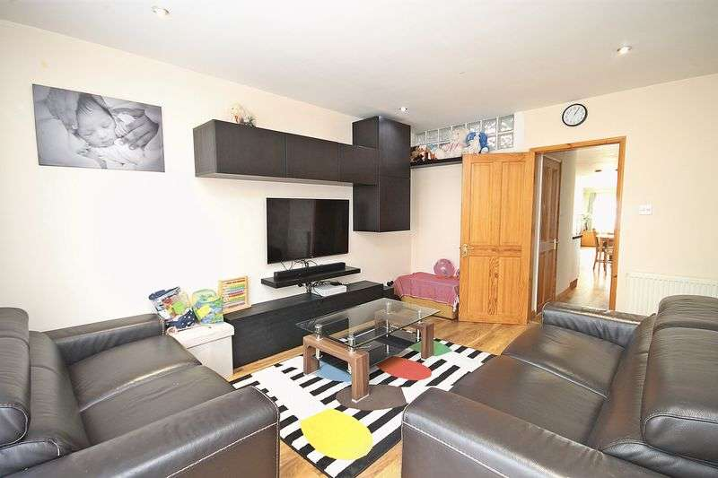 1 Bedroom Property for sale in Langdale Gardens, Perivale