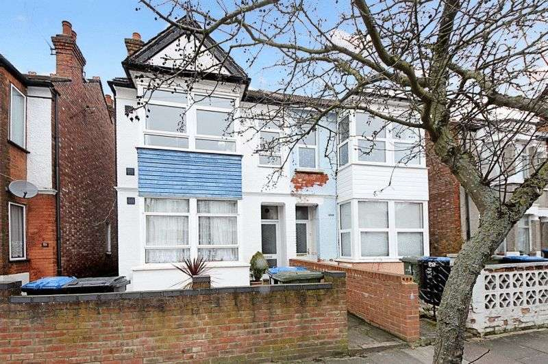 2 Bedrooms Property for sale in Central Road, Wembley