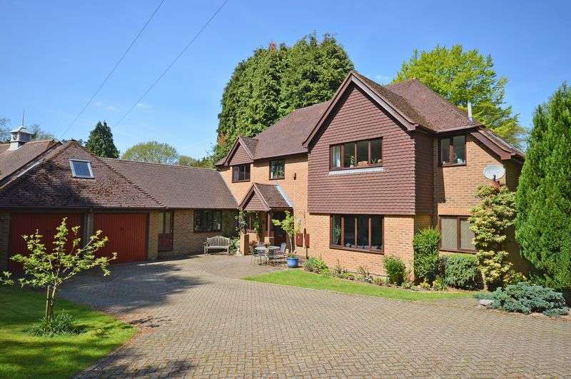 5 Bedrooms Property for sale in Tower Road, Hindhead