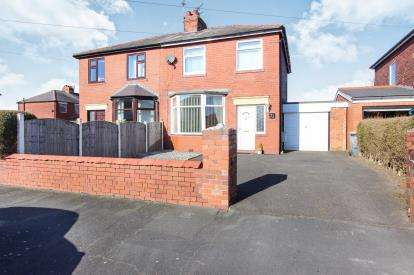 3 Bedrooms Semi Detached House for sale in Cross Street, Lytham St Annes, Lancashire, England, FY8