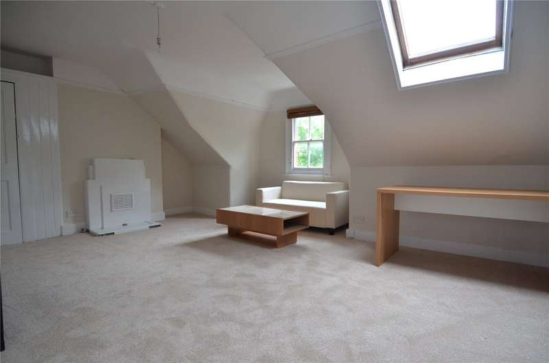 4 Bedrooms Apartment Flat for rent in Beckwith Road, London, SE24