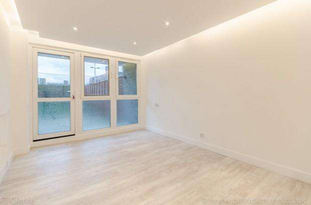 2 Bedrooms Apartment Flat for sale in Gibson Road, Kennington, SE11