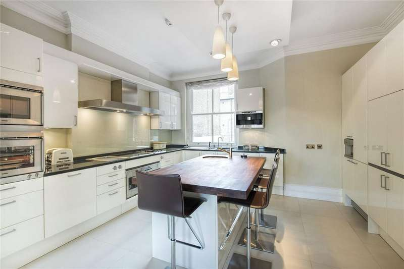 4 Bedrooms Flat for rent in Richmond Mansions, Old Brompton Road, Earl's Court, London, SW5