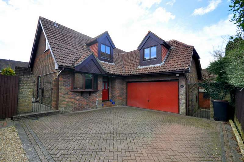 4 Bedrooms Detached House for sale in St Ives, Ringwood, BH24 2LN