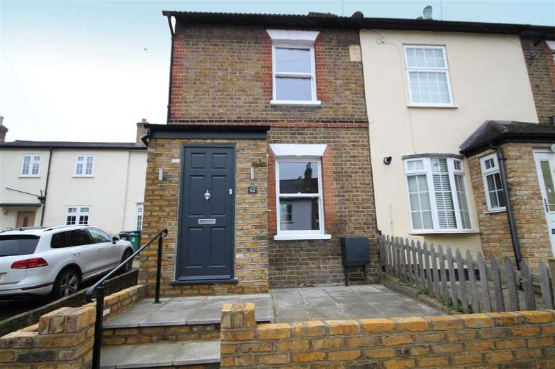 3 Bedrooms House for sale in Villiers Road, Oxhey Village, WD19.