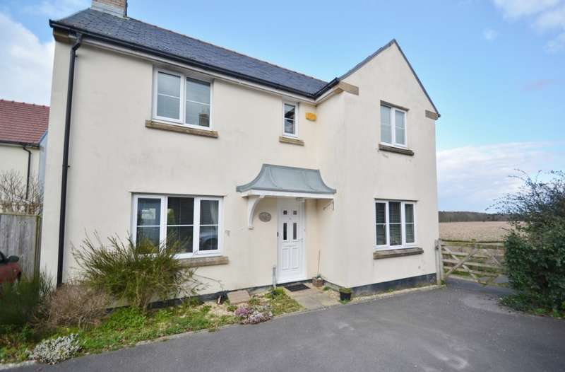 3 Bedrooms Detached House for sale in Crossways