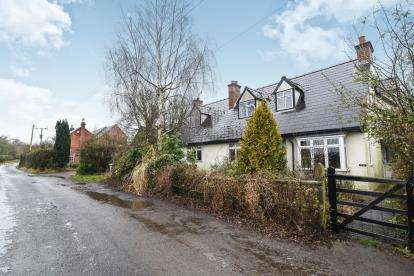 4 Bedrooms Detached House for sale in Chapel Lane, Bransford, Worcester, Worcestershire