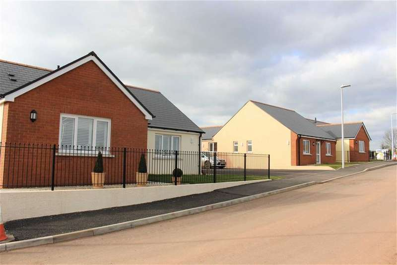 3 Bedrooms Detached Bungalow for sale in Bowett Close, Hundleton, Pembroke