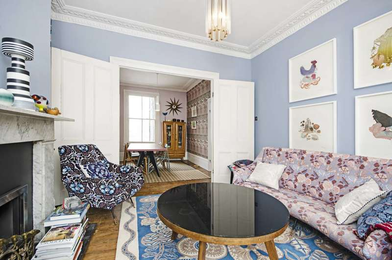2 Bedrooms Flat for sale in Edenbridge Road, Victoria Park, E9