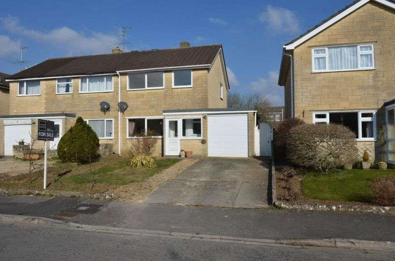 3 Bedrooms Property for sale in Elm Grove, Corsham