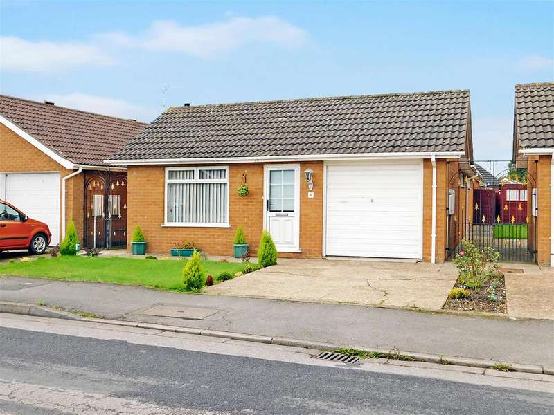 2 Bedrooms Detached Bungalow for sale in Flamborough Close, Skegness, PE25 1HR