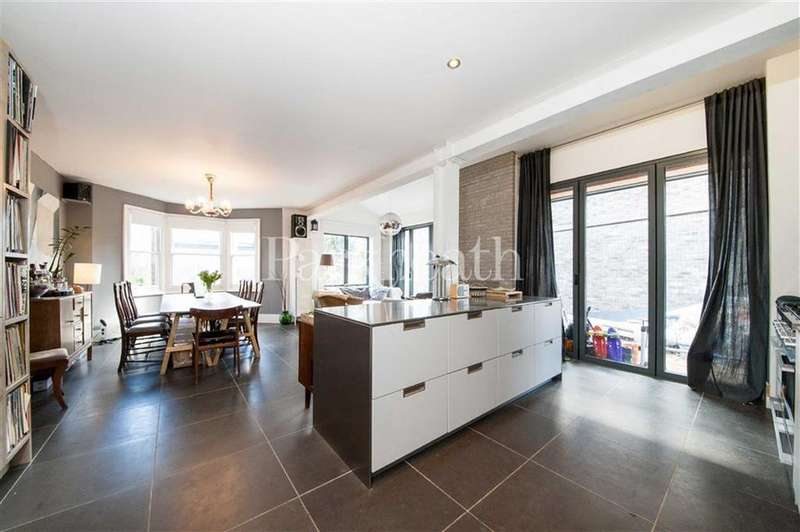 5 Bedrooms House for rent in Kings Road, Willesden, London
