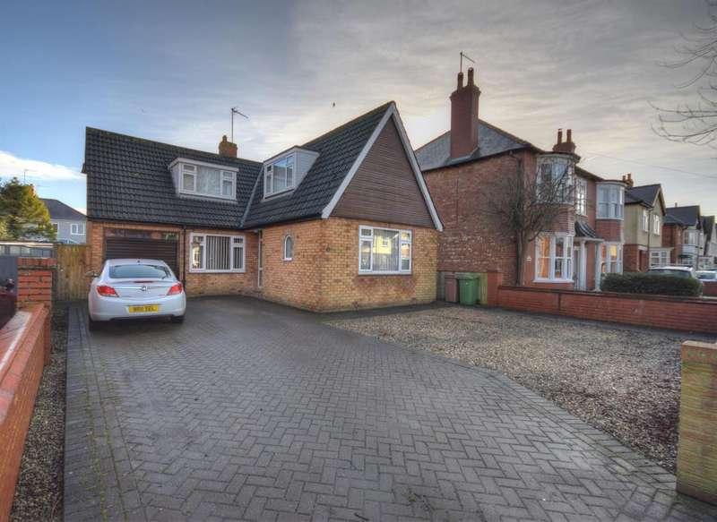 3 Bedrooms Detached House for sale in Kingsgate, Bridlington, , YO15 3PJ
