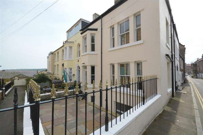 5 Bedrooms Semi Detached House for sale in Princess Street, Scarborough, YO11 1QR
