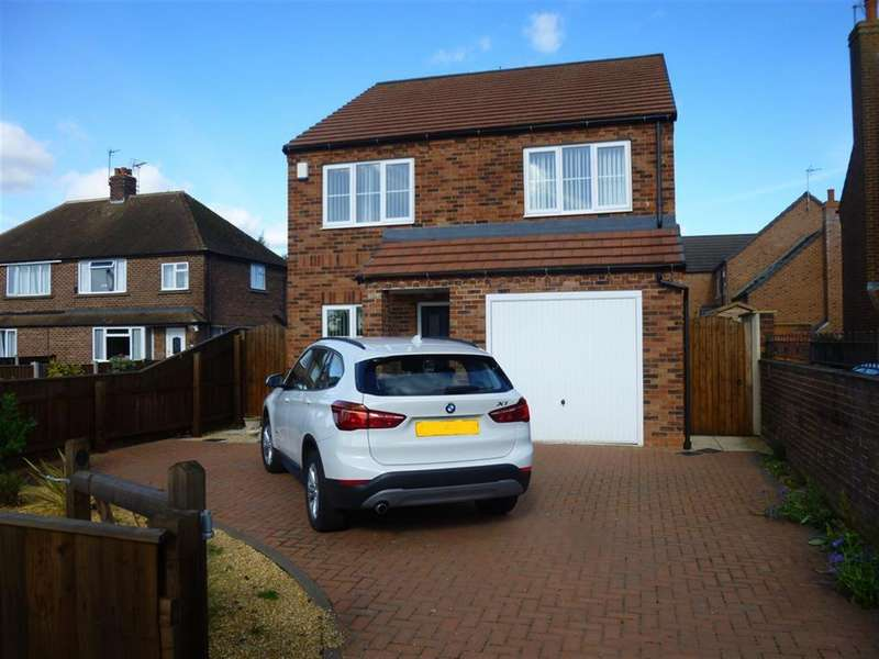 4 Bedrooms Detached House for sale in Station Road, Beckingham, Doncaster, DN10 4PX