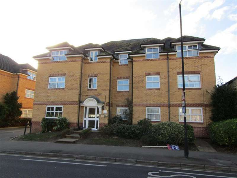 2 Bedrooms Flat for sale in Sydenham Gardens, Slough, Berkshire, SL1 2PA