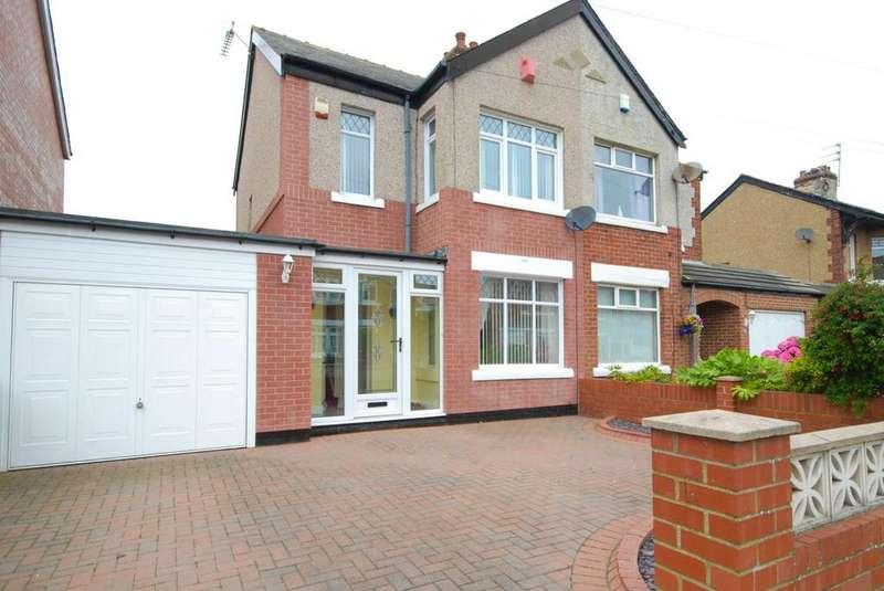 2 Bedrooms Semi Detached House for rent in Denbeigh Avenue, Sunderland