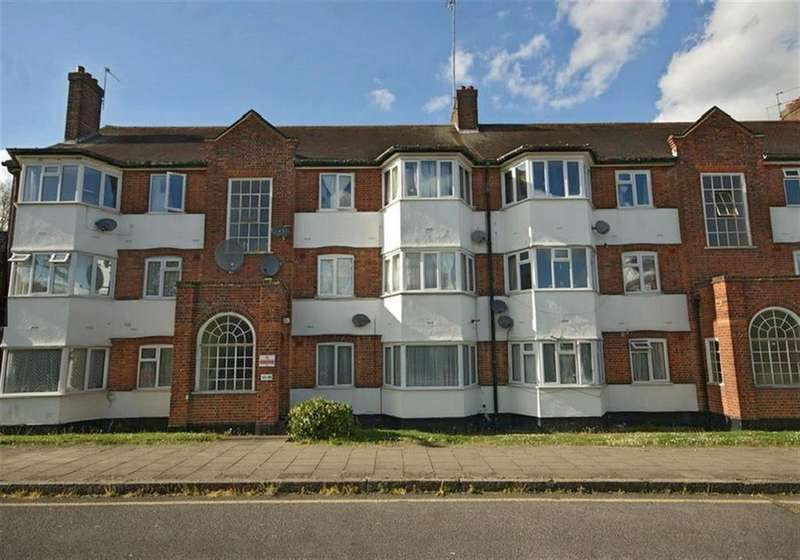 2 Bedrooms Flat for sale in High Mead, Harrow, Middlesex, HA1 2TX