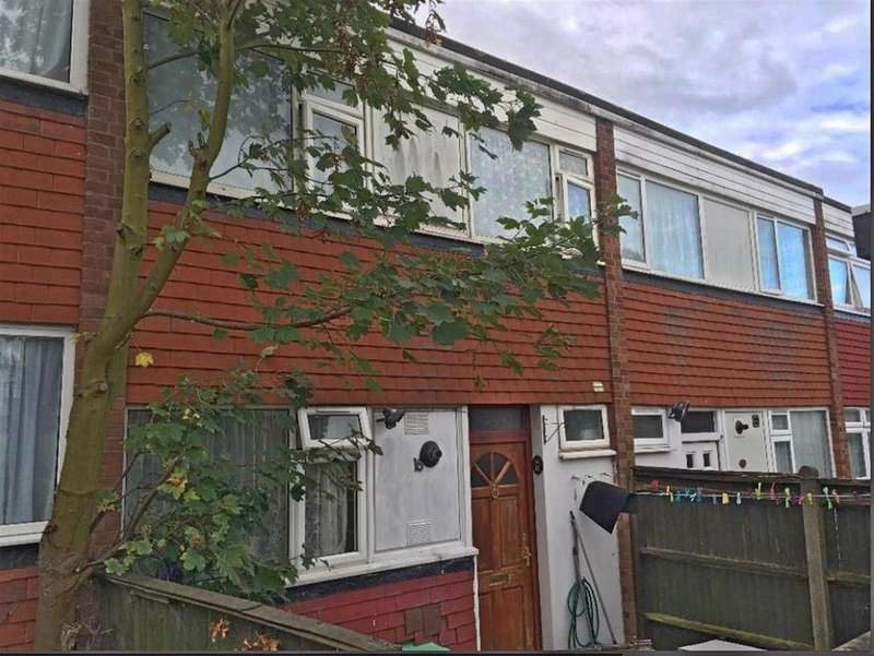 4 Bedrooms Terraced House for sale in Demeta Close, Wembley, HA9 9EJ