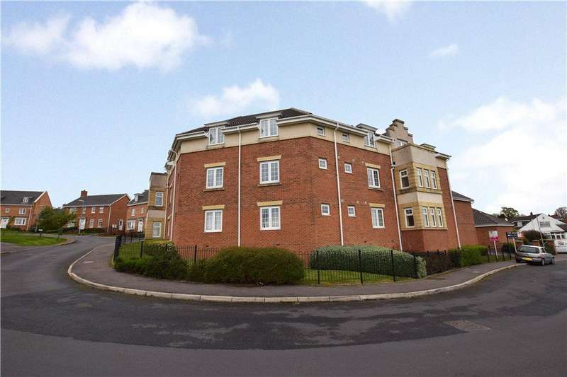 2 Bedrooms Apartment Flat for sale in Hill End Crescent, Leeds, West Yorkshire