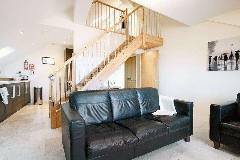 1 Bedroom Apartment Flat for rent in Station Approach, Kirkstall