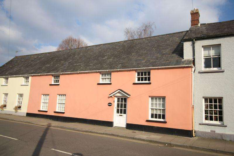 3 Bedrooms Terraced House for sale in Maryport Street, Usk