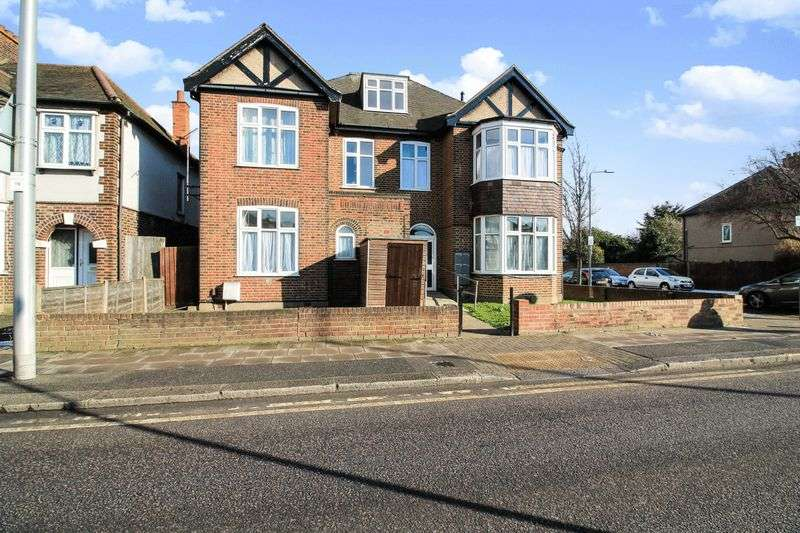 1 Bedroom Property for sale in Barley Lane, Ilford