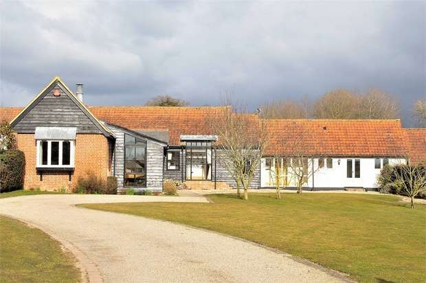 4 Bedrooms Mews House for sale in Little Dunmow, Dunmow, Essex