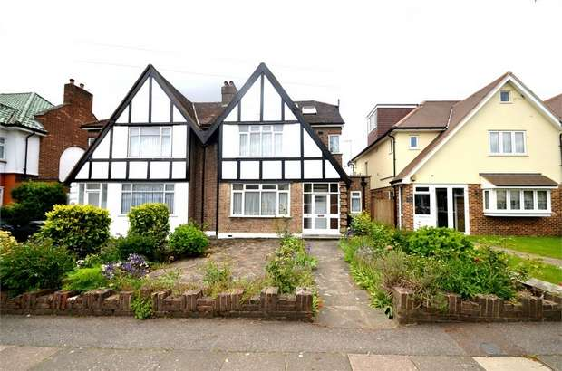 4 Bedrooms Semi Detached House for sale in Devonshire Road, Mill Hill, NW7, London