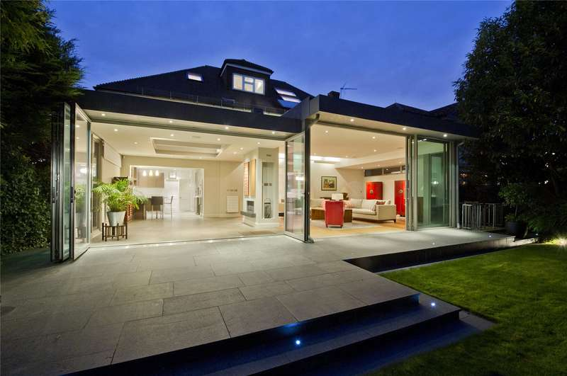 7 Bedrooms Detached House for sale in Christchurch Road, London, SW14