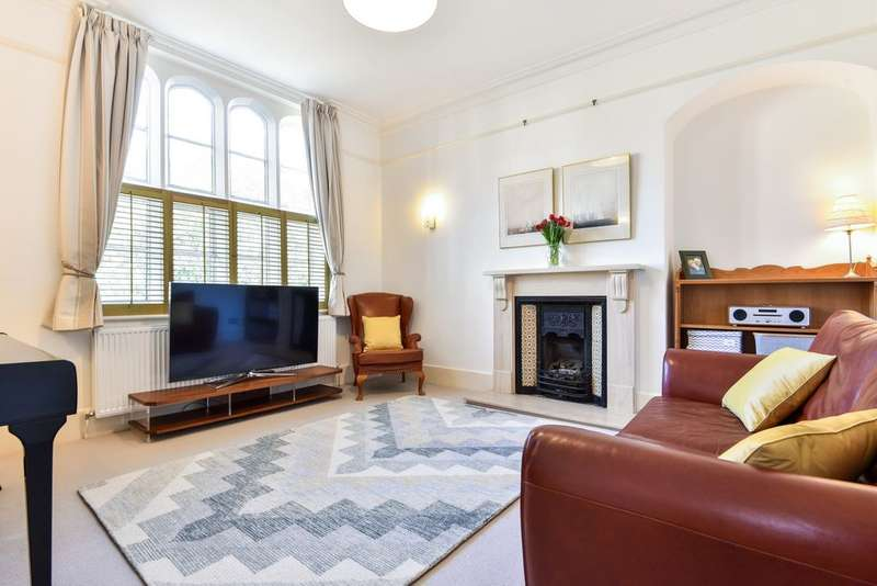 3 Bedrooms End Of Terrace House for sale in King WilliamIV Gardens, Penge, SE20