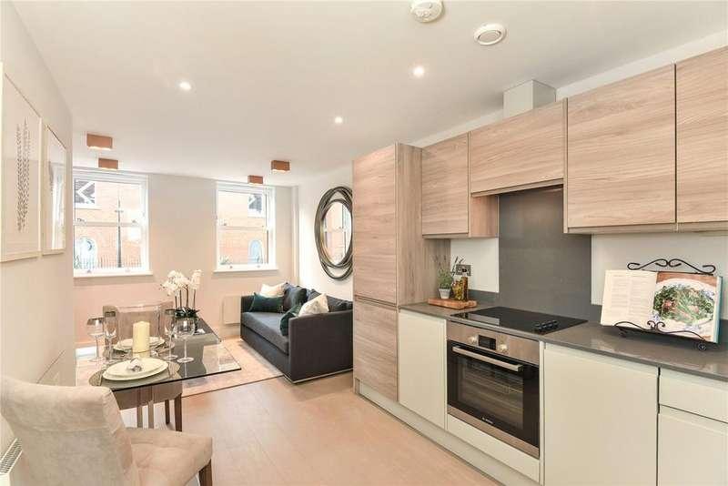 2 Bedrooms Flat for sale in Foxenden Court, 66-68 Chertsey Street, Guildford, Surrey, GU1