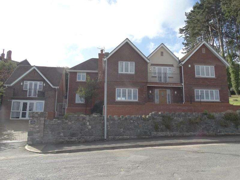 5 Bedrooms Detached House for sale in The Copthorne Oak Drive, Colwyn Bay