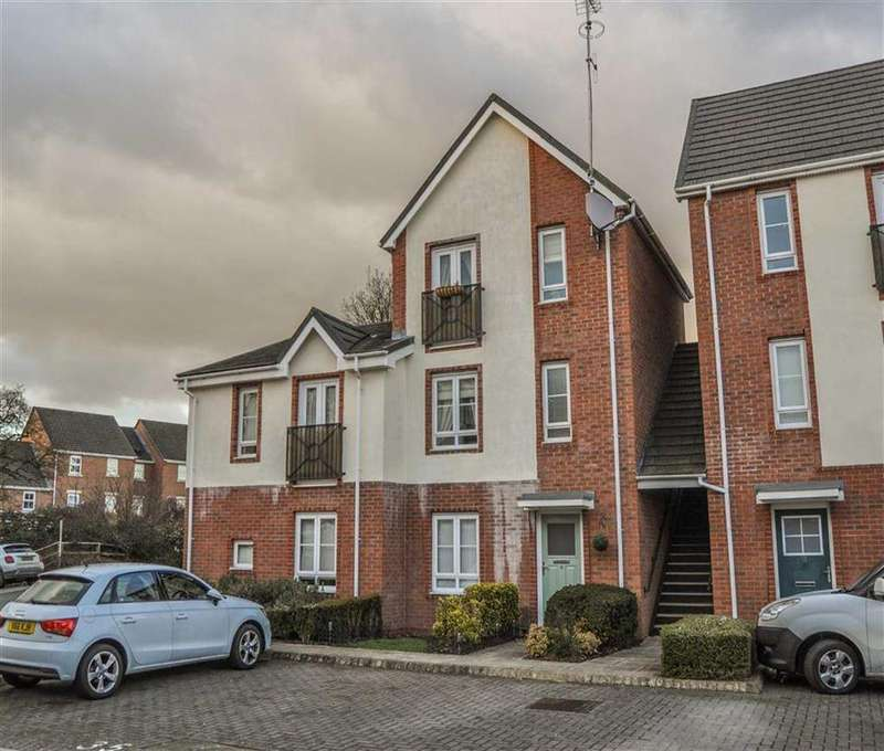 2 Bedrooms Duplex Flat for sale in Maes Deri, Ewloe, Flintshire, Deeside, Flintshire