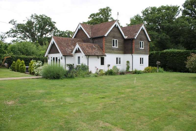 4 Bedrooms Detached House for rent in Isfield, Uckfield, East Sussex