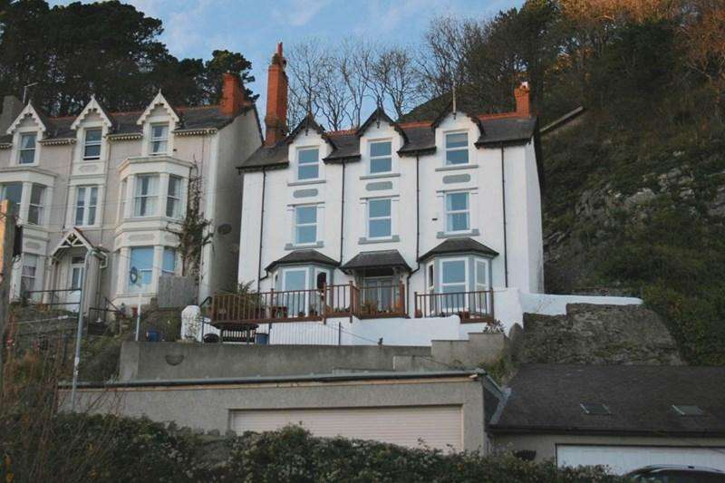 5 Bedrooms Detached House for sale in 2 Cwlach Road, Great Orme