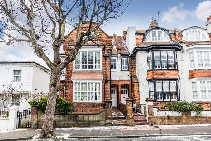 2 Bedrooms Flat for sale in Clifton Road Brighton East Sussex BN1
