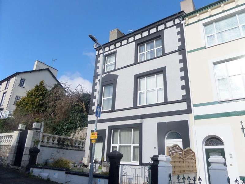 10 Bedrooms End Of Terrace House for sale in Church Walks, Llandudno