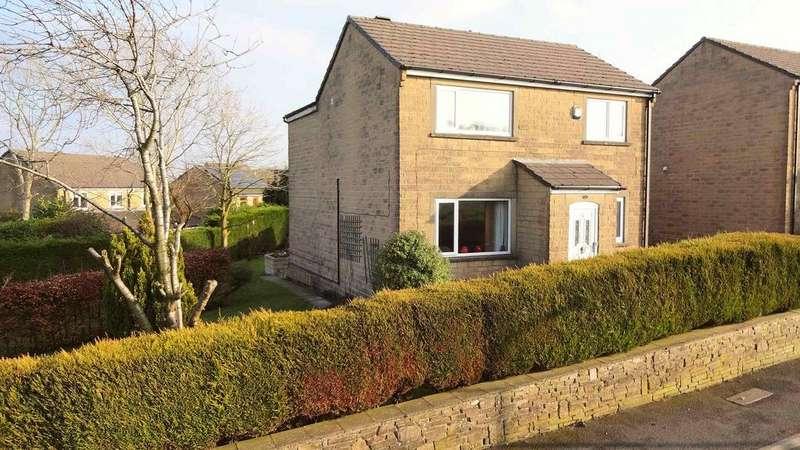 4 Bedrooms Detached House for sale in 14 Gosport Lane, Outlane, Huddersfield HD3 3FD
