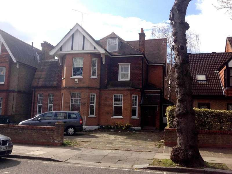 1 Bedroom Flat for sale in Culmington Road, Ealing, London, W13 9NB