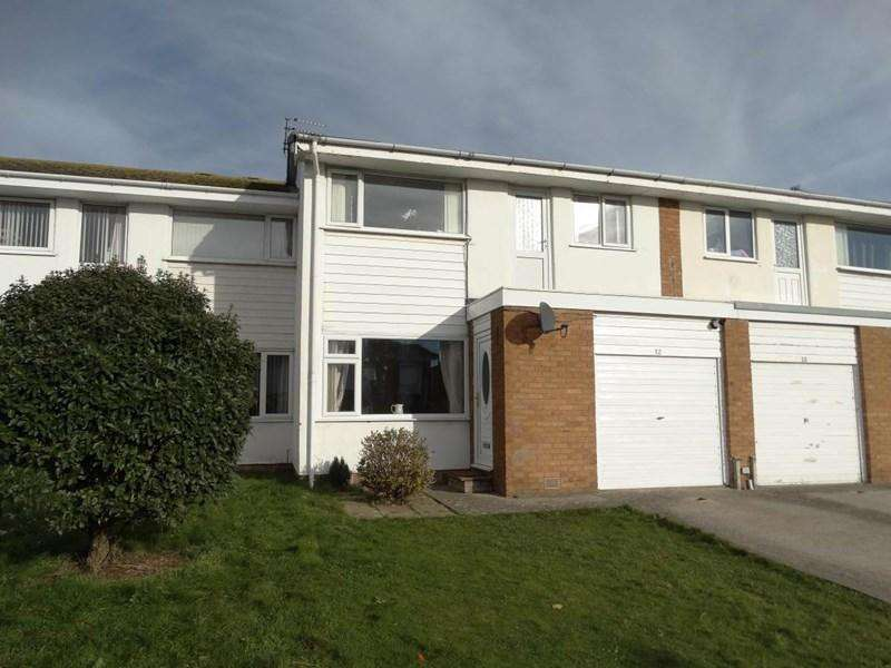 3 Bedrooms Terraced House for sale in 12 Penrhyn Beach West, Penrhyn Bay