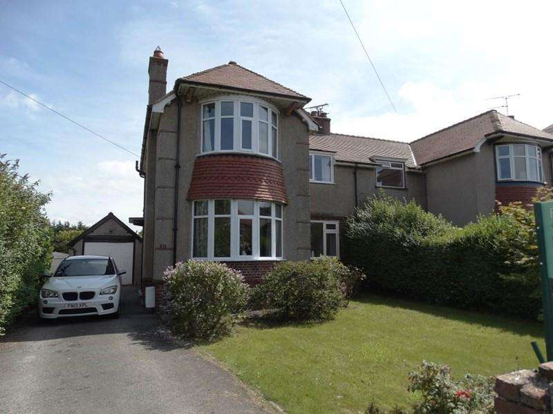 3 Bedrooms Semi Detached House for sale in 51 Church Road, Rhos on Sea