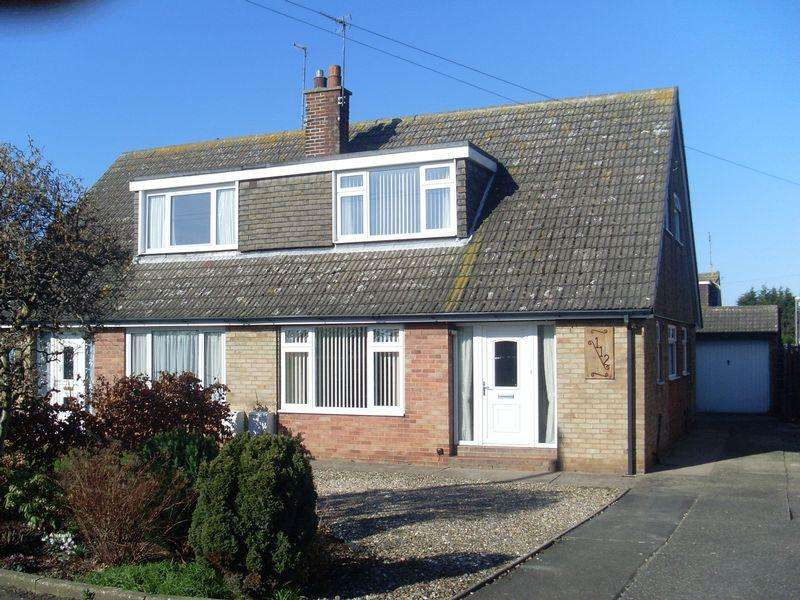 3 Bedrooms Semi Detached Bungalow for sale in Hooks Lane, Thorngumbald